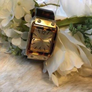 Vintage // Clip On Acrylic Tortoise Pattern Watch